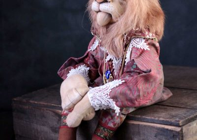 leopold the lion doll - cloth magic