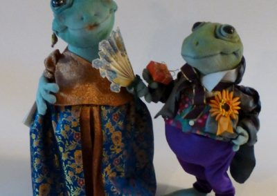 courting frog art doll by karen shifton - 02