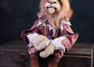 leopold the lion doll - cloth magic front